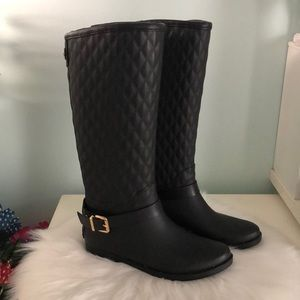 GUESS Lulue Quilted Black Rubber/Leather Boots